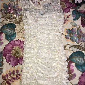 BEIGE/GOLD LACE ROSE TRIM EVENING DRESS